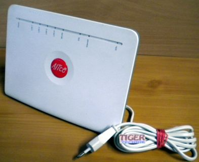 Alice Modem WLAN 1231 Router ADSL ADSL2+ 300 Mbit 1xUSB* nw404