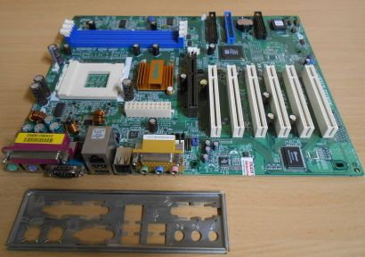 ASRock K7S8X Rev 1.02 Mainboard +Blende Sockel A 462 AGP LAN Audio USB2.0* m71