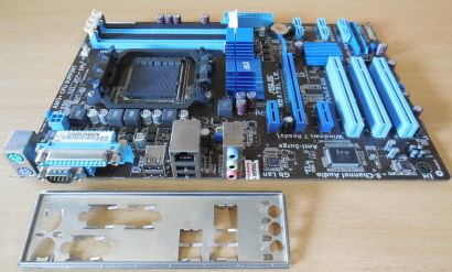 Asus M5A78L LE Rev 1.00 Mainboard +Blende Sockel AM3 AM3+ PCIe DDR3 GBLAN* m945