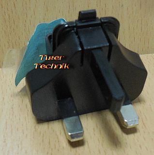 Tom Tom Power Travel Charger Adapter 41590103 BS Strom Großbritannien* so911