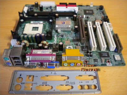 Gigabyte GA-8SIML Rev. 2.0 Mainboard Sockel 478 AGP PCI VGA LAN + Blende* m312