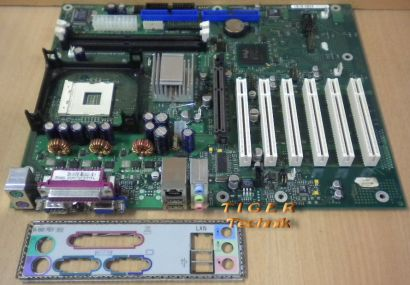 FUJITSU SIEMENS D1387-A10 GS 3 mit Blende Sockel 478* m429