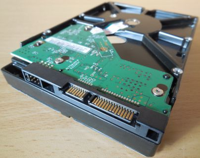 WD Caviar WD5000AACS-00ZUB0 GreenPower HDD 3,5 SATA II 500GB* f585