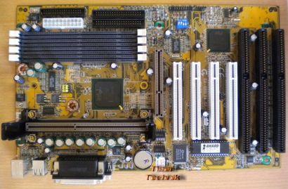 Gigabyte GA-686LX4 Rev 2.0 Mainboard + Blende Slot 1 Intel 440LX 3x ISA* m554