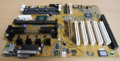 FIC SD11 Rev 1.8 Mainboard Slot A AMD 751 VIA 686A AGP PCI ISA SD-RAM* m567