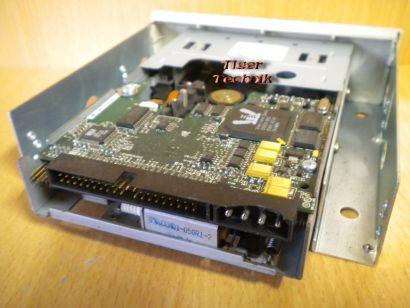 Seagate Hornet STT3401A Travan 40 Tape Drive ATAPI IDE Bandlaufwerk beige* L1007