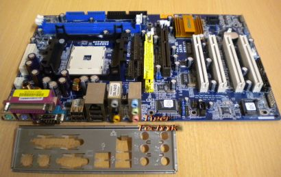 ASRock K8Upgrade-1689 Rev 1.02 Mainboard +Blende Sockel 754 CPU PORT AGP 8X*m612