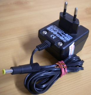 V24851-Z2615-A1-2 FW3399 AC DC Adapter 12V 300mA 3.6VA Netzteil* nt741