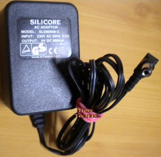 Silicore SLD80908-3 AC Adapter 9V 800mA Netzteil* nt814