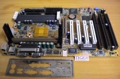 Gigabyte GA-6BXS Rev 1.5 Mainboard +Blende 3x ISA Slot 1 Intel 440BX SCSI* m671