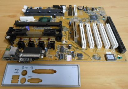 FIC SD11 Rev1.8 Mainboard +Blende Slot A AMD 751 VIA 686A AGP PCI ISA SDRAM*m695