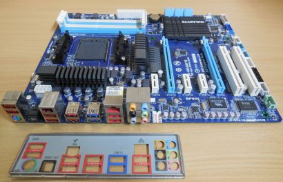 Gigabyte GA-970A-UD3 Rev1.0 Mainboard +Blende AMD 970A Sockel AM3 PCIe DDR3*m787