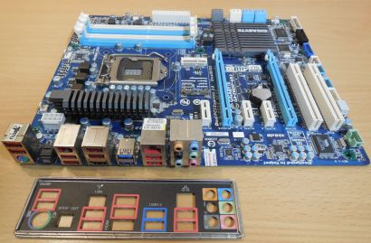 Gigabyte GA-Z68XP-UD3 Rev 1.0 Mainboard +Blende Intel Z68 Sockel 1155 DDR3* m799