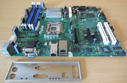Intel Entry Server Board SE7230NH1-E Mainboard+Blende Sockel 775 Dual GBLAN*m810