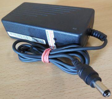 F1650 AC Adaptor 14-22V 45W MAX or 8-20V 2.2A Netzteil* nt630