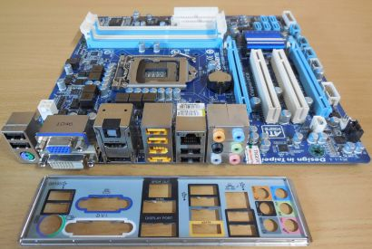 Gigabyte GA-H55M-UD2H Rev1.3 Mainboard +Blende Sockel 1156 HDMI DisplayPort*m862