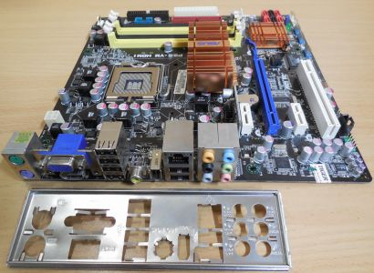 Asus P5E-VM HDMI Rev1.00G Mainboard +Zubehör Sockel 775 Intel G35 DDR2 PCIe*m868
