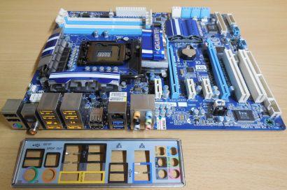 Gigabyte GA-P55A-UD4 Rev1.0 Mainboard +Blende Sockel 1156 8xSATA DDR3 PCIe* m917
