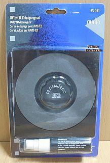 Schwaiger RS 051 DVD CD Reinigungsset manuelle Reinigung Cleaner Pad* So879