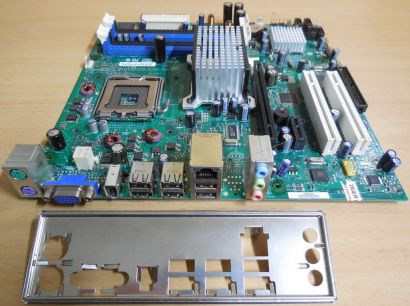 Intel DG33BU Rev D79551 405 Mainboard +Blende Sockel 775 DDR2 VGA IEEE1394* m976