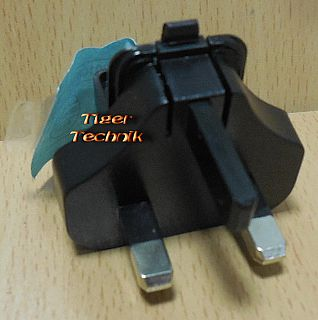 Tom Tom Power Travel Charger Adapter 41590103 BS Strom Großbritannien* so911