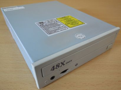 Pan International 482D Retro CD ROM Laufwerk ATAPI IDE beige 48X* L503